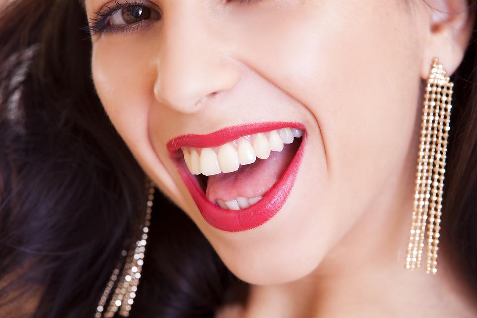 Paski wybielające zęby Crest