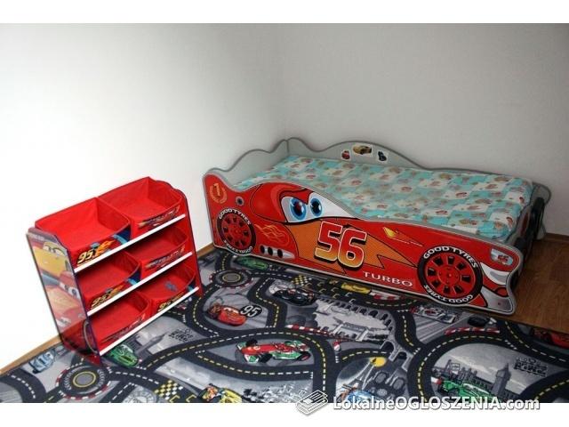 Zestaw mebli dla dziecka łóżko regał dywan zygzak mc queen cars auta