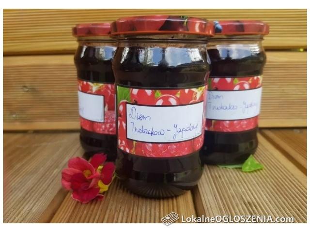 Domowy dżem jagodowy sok z jagód dżem borówkowy owoce w syropie maliny