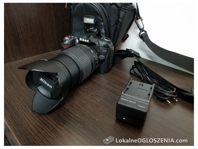 Aparat Nikon D90 + Nikkor 18-105 VR + etui