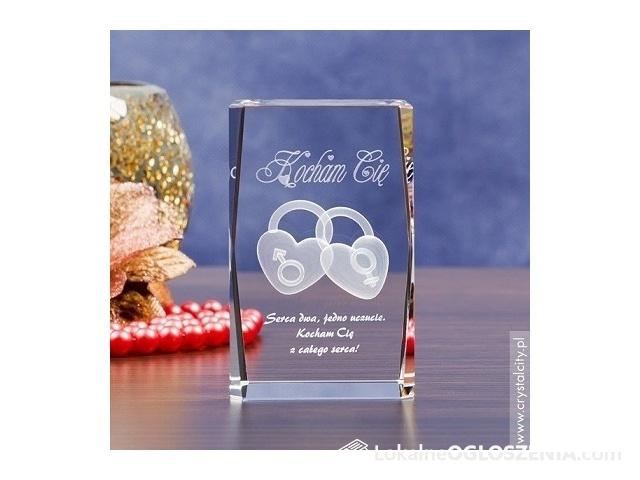 Kryształ 3D z motywem Dwóch Serc w prezencie na Walentynki