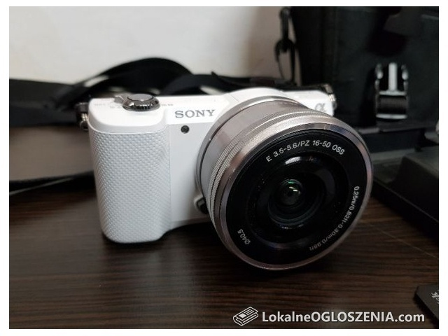 Aparat cyfrowy Sony Alpha ILCE-5000 + obiektyw 16-50 bezlusterkowiec