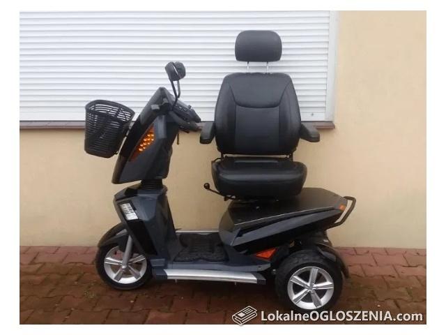 Wózek skuter dla seniora Travelux Infineon