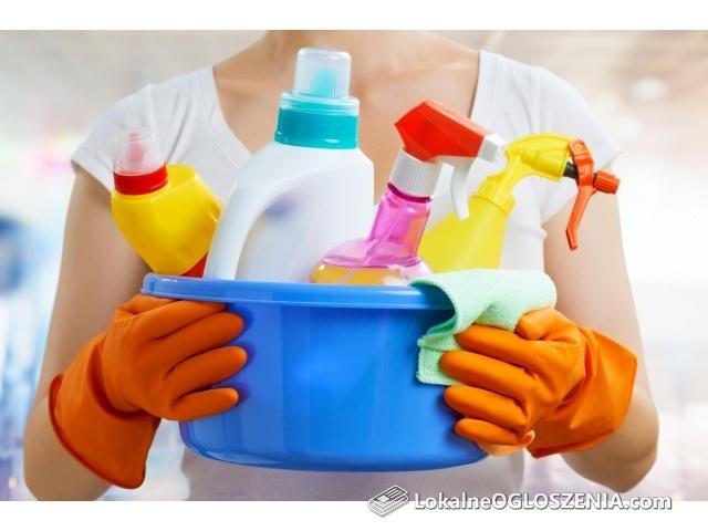 Zatrudnimy Panią  do sprzątania sklepu we Wzorcowni.