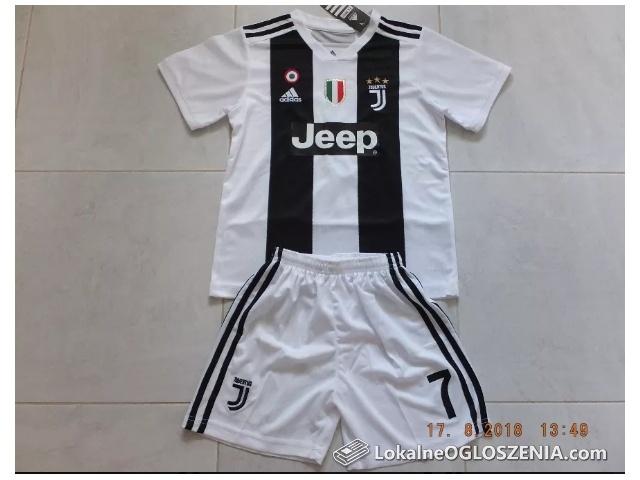 Strój dziecięcy Adidas Juventus Turyn 2018/19 RONALDO 7 na 145-155cm