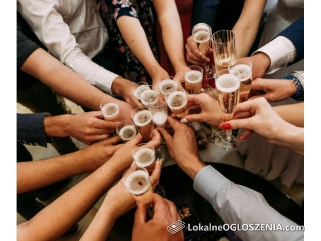Bąbelkowe happy hours – zapraszamy do Bubbles!