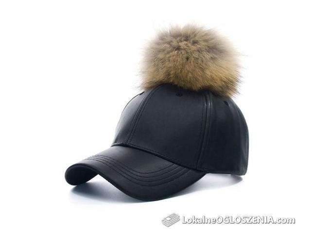 Nowe czapki z daszkiem z pomponami z naturalnych lisów