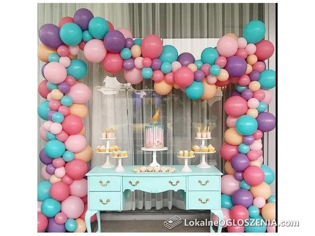 Balony z helem,balonowe dekoracje,brama,kolumny,pudło,balony led