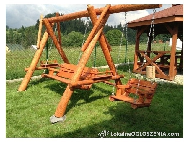 Huśtawka ogrodowa drewniana z bali meble ogrodowe producent