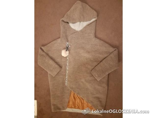 Płaszcz zimowy Asymmetry Hood wełniany L/XL